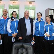 o delegatie a nationalei de handbal feminin in vizita la primaria ploiesti