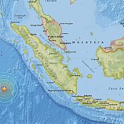 cutremur mare in indonezia alerta de tsunami