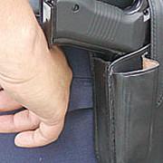 un interlop a fost oprit cu focuri de arma de politistii de la rutiera