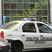 un sofer a dat peste politistul care l-a oprit si a fugit