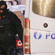 schimb de focuri la bruxelles intre politisti si militanti islamisti