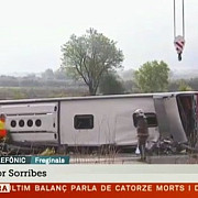 cel putin 14 morti si 43 de raniti dupa ce un autobuz cu studenti erasmus s-a rasturnat in spania