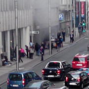 statia de metrou maelbeek unde a avut loc unul din atentatele teroriste din bruxelles redeschisa