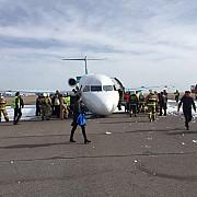 un avion cu 116 oameni la bord a aterizat pe burta in kazahstan