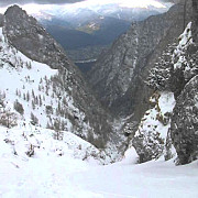 cel putin 7 avalanse pe jepii mici risc maxim in muntii bucegi