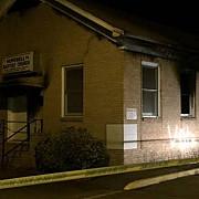 sua o biserica a comunitatii afroamericane a fost incendiata si vandalizata cu mesajul votati trump in mississippi