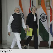 premierul britanic theresa may s-a deplasat in india pentru un acord post-brexit