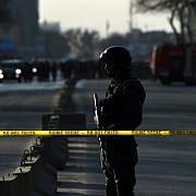 doi morti si peste 60 de raniti dupa ce o explozie a zguduit consulatul german din localitatea afgana mazar-i-sharif