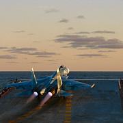 portavionul amiral kuznetov a intrat in lupta rusii au lansat si rachete de croaziera din mediterana