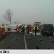 update accident grav pe dn2 trei persoane au murit 12 au fost ranite