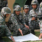 violente in myanmar china si-a pus armata in stare de alerta