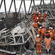 cel putin 40 de persoane au decedat in urma prabusirii unei platforme pe un santier din china