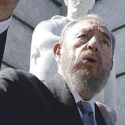 fidel castro este la inaltimea lui marx lenin stalin sau el che potrivit comunistilor rusi