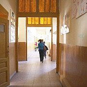 federatia sindicatelor din educatie cere amanarea concursului pentru directorii de scoli