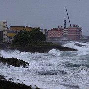 uraganul matthew le-a stins lumina americanilor aproape 2 milioane de locuinte si firme afectate
