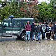 timis 17 migranti intre care patru copii prinsi de politistii de frontiera cand voiau sa intre ilegal in tara