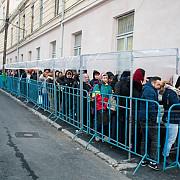 iasi peste 125000 de pelerini s-au inchinat la racla cu moastele sfintei parascheva