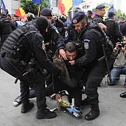 incidente la marsul lupta pentru basarabia din bucuresti mai multe persoane au fost retinute de jandarmi