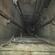 o femeie a cazut in casa liftului unui bloc de pe strada cosminele