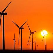 moment istoric energia verde a depasit-o pe cea provenita din arderea combustibililor fosili