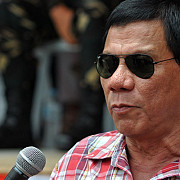 presedintele filipinez vrea sa-i scoata pe americani din tara