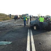 giurgiu patru persoane au murit carbonizate in urma unui accident in care au fost implicate doua autoturisme si o duba