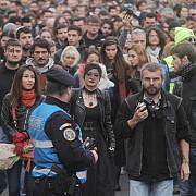 aproximativ 5000 de persoane au participat la marsul tacerii dedicat victimelor incendiului din colectiv