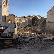 italia un roman si-a pierdut viata dupa ce si-a petrecut noaptea dormind in masina din cauza seismului din accumoli