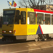 tramvaiul 102 revine pe traseu