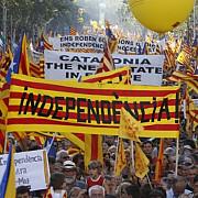 catalanii nu renunta la independenta sute de mii de oameni au iesit in strada