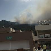 incendii puternice de vegetatie pe insula thassos frecventata de turisti romani
