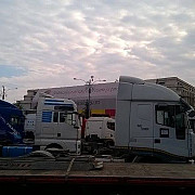transportatorii au protestat in piata victoriei