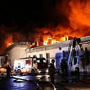 opt pompieri morti la moscova in timpul interventiei impotriva unui incendiu la un depozit de mase plastice