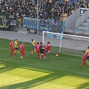 gata sa-i ia pe lupi in coarne petrolul vs cs cornu 3-1