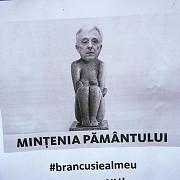 protest al persoanelor cu credite in franci elvetieni mugur isarescu mintenia pamantului