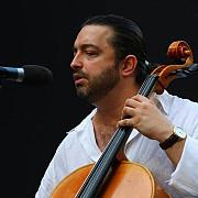 violoncelistul adrian naidin rog ministerul de interne sa faca lumina in cazul meu si sa imi curete numele patat