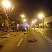 sibiu accident aproape de casa presedintelui iohannis o masina a lovit un stalp de curent si a avariat o teava de gaz