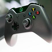 microsoft are o noua jucarie consola de jocuri video xbox one x