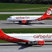 air berlin al doilea cel mai mare operator aerian din germania si-a cerut insolventa