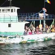 pescador cu migranti interceptat de politistii de frontiera romani in apropierea tarmului romanesc al marii negre