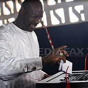 fostul fotbalist george weah a castigat alegerile prezidentiale din liberia