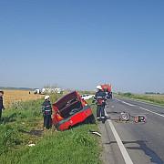doi morti si un ranit dupa ce o cisterna si doua autoturisme s-au ciocnit in judetul ialomita cisterna plina cu zece tone de azot