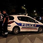 opt persoane ranite in urma unor focuri de arma in fata unei moschei la avignon parchetul indeparteaza pista terorista