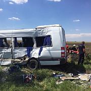 accident grav in teleorman o persoana a murit si alte 13 intre care trei copii si o femeie insarcinata au fost ranite