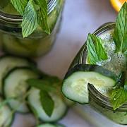 ice tea natural din ceai verde cu menta si castraveti