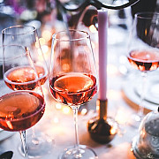 greseala pe care o fac cele mai multe persoane cand beau vin rose