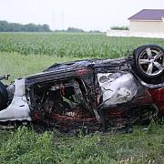 accident in judetul buzau pe dn1b un barbat a murit carbonizat iar un altul a ajuns la spital cu rani grave