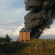 incendiu puternic la balotesti exista risc de explozie