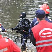 tanar de 28 de ani disparut in zona barajului maneciu posibila sinucidere