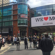 un nou incident in manchester bubuitura puternica la un centru comercial din centrul orasului politia a evacuat zona